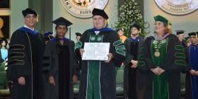 El RUM gradúa su primer doctorado en Ingeniería Eléctrica