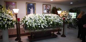 Amigos y familiares dieron el último adiós a Walter Mercado