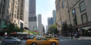 Choque entre rescatistas que acudían a incidente en Chicago