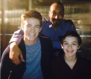 """Muere joven actor de """"The Flash"""" y su familia no puede velarlo por el coronavirus"""