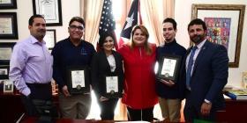 Estudiantes de Aguada que crearon una aplicación móvil ganan competencia del Congreso