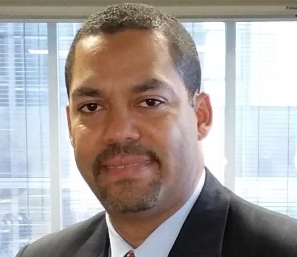 Carlos R. Paula