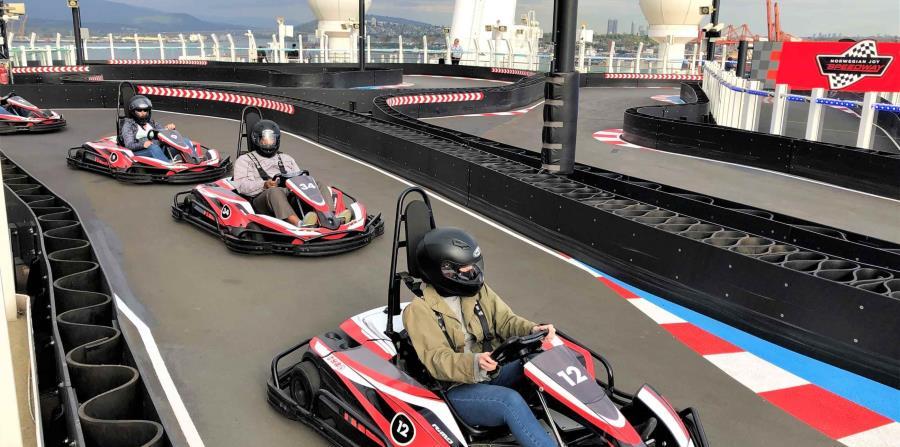 Go karts eléctricos en el Norwegian Joy. (Gregorio Mayí /  Especial para GFR Media)