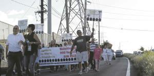 Urbanizaciones de San Juan marchan para reclamar información de la AEE