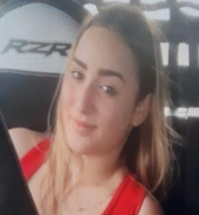 Carla Crystal Negrón Aponte tiene 17 años. (Suministrada) (semisquare-x3)