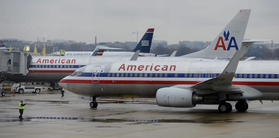AVIÓN DE AMERICAN AIRLINES (horizontal-x3)