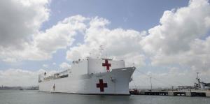 El USNS Comfort llega a San Juan