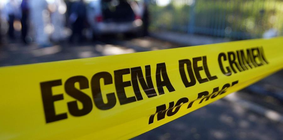 La Policía confirmó que confiscó un segundo teléfono celular que fue encontrado en la escena. (horizontal-x3)