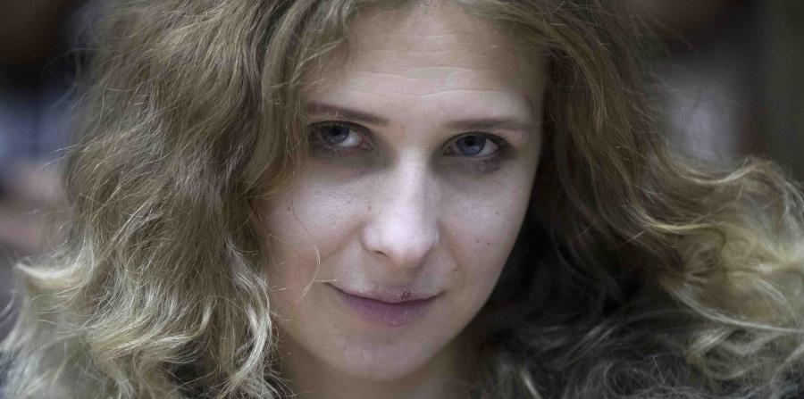 Mariya Alekhina fue una de las manifestantes que fue condenada a cárcel. (AP) (horizontal-x3)