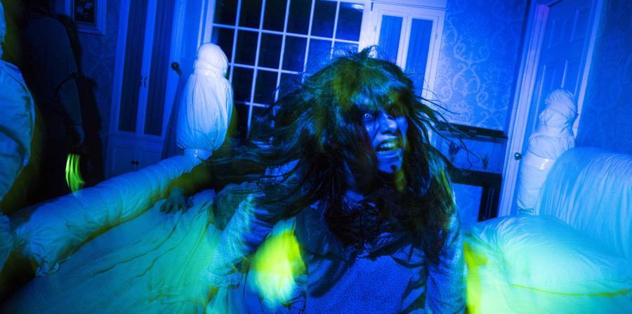 Un Recorrido Por El Laberinto De El Exorcista En Universal Studios