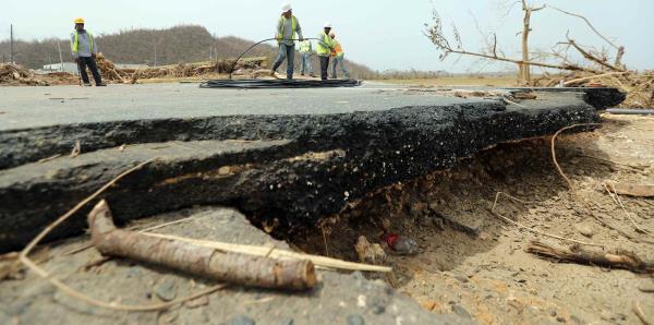 Carreteras comienza a reparar los puentes