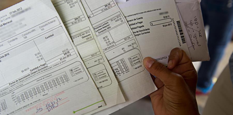 El lunes, 1 de abril, la AEE también implantará la llamada factura transparente. (horizontal-x3)
