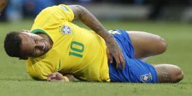 La FIFA le advierte a Neymar que debe dejar de simular faltas
