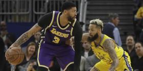 Anthony Davis lleva a los Lakers a una victoria frente a los Warrios sin LeBron James