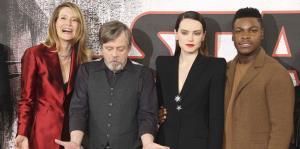 """Star Wars: The Last Jedi"" logra $45 millones en taquilla en EE.UU."