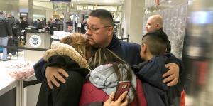 Un hombre es deportado a México después de vivir 30 años en EE.UU.