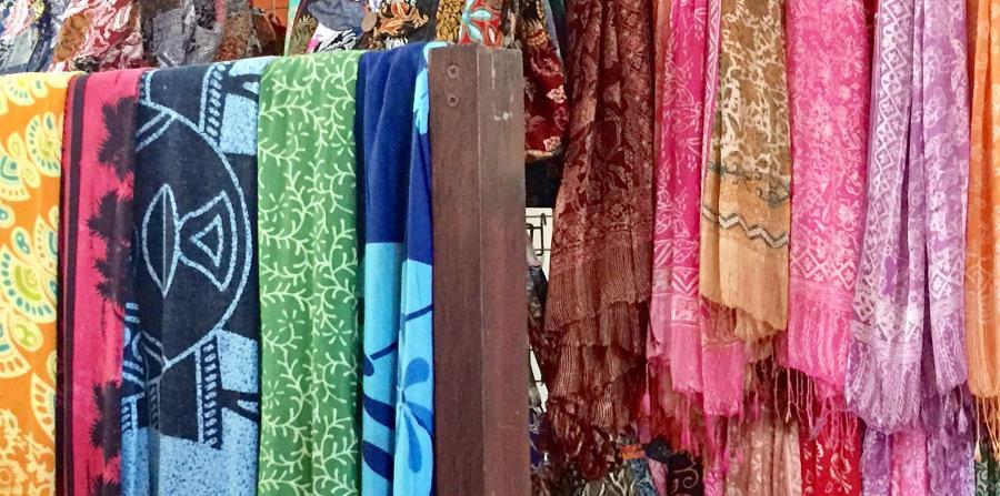 La industria de textiles es muy importante en Bali. Allí se elaboran y tiñen telas.  (Suministrada)