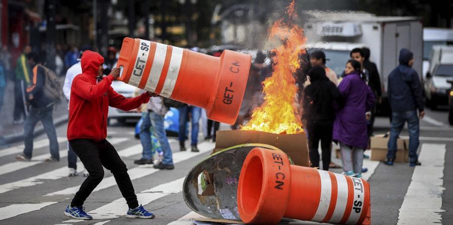 Protestan en Brasil contra cambios a las pensiones y la ley laboral (horizontal-x3)