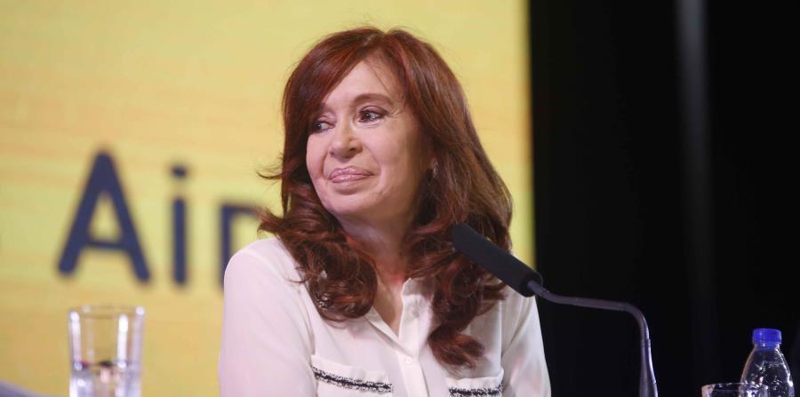 Cristina Fernández hizo el anuncio en un vídeo que publicó en Twitter. (Unidad Ciudadana vía AP ) (horizontal-x3)