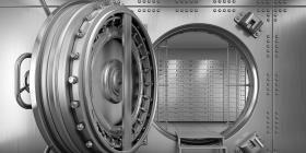 Un estafador roba más de $714,000 gracias a una caja de seguridad con una puerta oculta