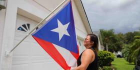 No impondrán multas contra la boricua que izó la bandera de Puerto Rico en su casa en Florida