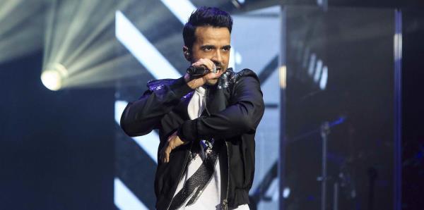 Luis Fonsi abrirá la serie de conciertos acústicos de los Latin Grammy