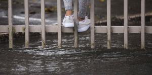 Fuertes lluvias provocan advertencia de inundaciones para varios municipios de la isla