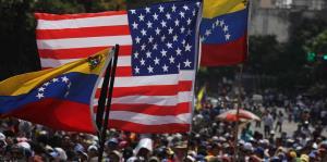 Los venezolanos vuelven a las calles tras el frustrado alzamiento contra Maduro