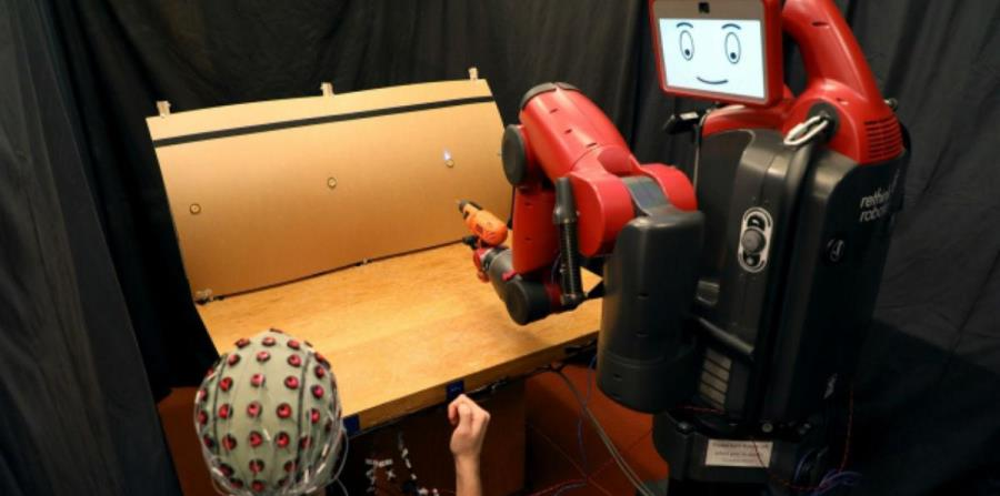 Desarrollan robots que trabajan con el poder de la mente (horizontal-x3)