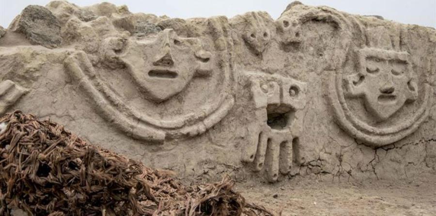 Descubren un muro de casi 4,000 años de la civilización Caral en Perú (horizontal-x3)