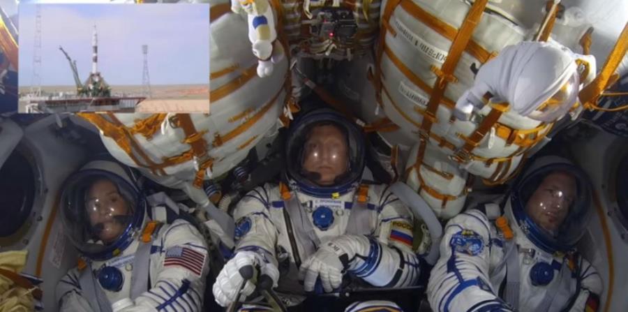 Así vivieron los astronautas de la nave Soyuz su lanzamiento a órbita (horizontal-x3)
