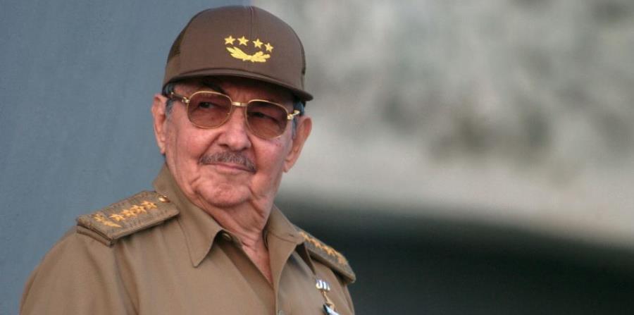 Raúl Castro (horizontal-x3)