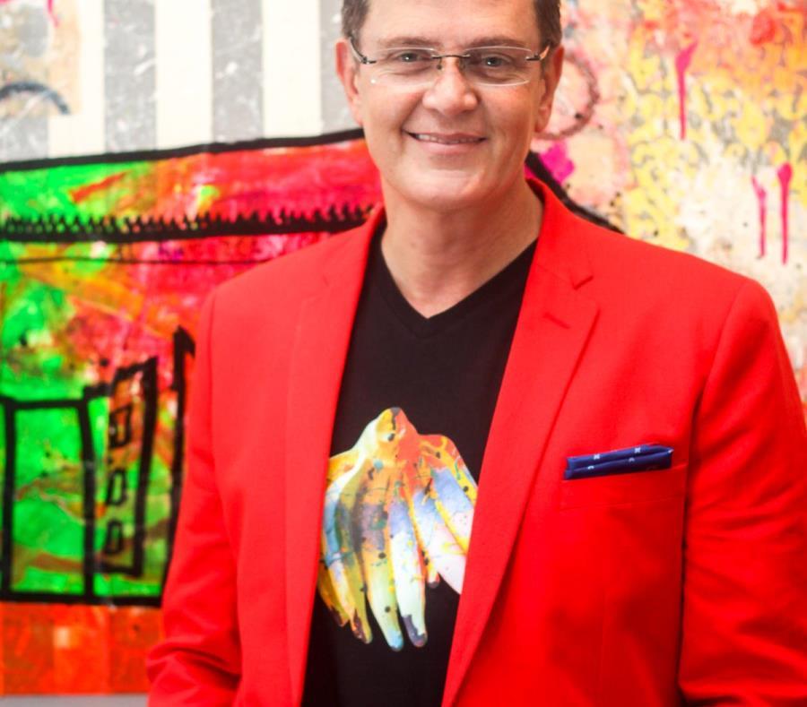 El artista y publicista Bernardo Medina participará en la Bienal de La Habana 2018-2019. (semisquare-x3)