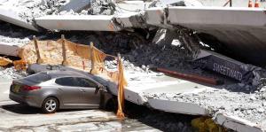 Recuperan tres cuerpos del puente colapsado de Miami