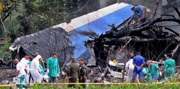 Entierran a las primeras víctimas del accidente aéreo en La Habana