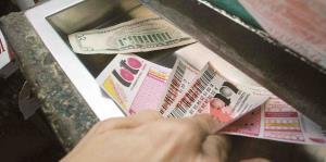 Se vuelven millonarios jugando a la lotería gracias a la mala memoria