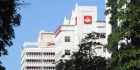 Bancos operarán en horario especial este lunes feriado