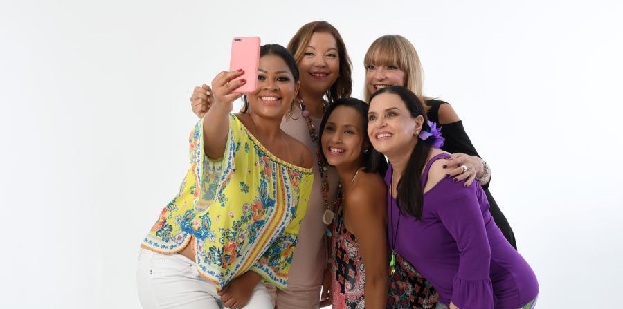 Lizmarie Quintana, Uka Green, Keylla Hernández, Marilyn Pupo y Myraida Chaves protagonizan la obra. (horizontal-x3)