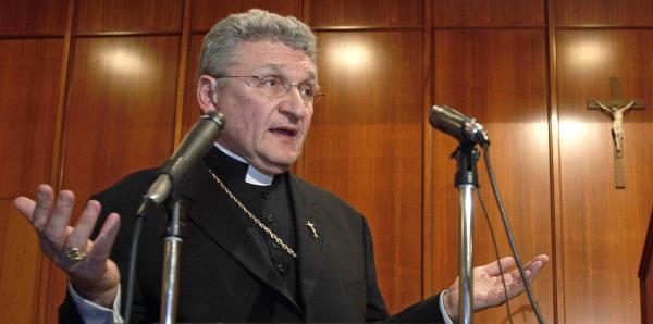 Un obispo de Pensilvania no renunciará tras reportes de abuso