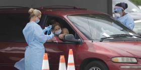 Levantan alarma hospitalaria en Florida al superar los 200,000 casos de COVID-19