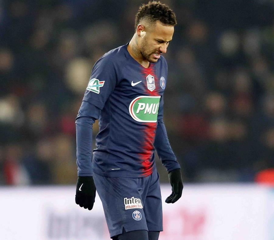 Neymar se recupera de una lesión. (AP) (semisquare-x3)