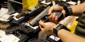 """Nueva York tiene nueva """"ley de alerta roja"""" para evitar riesgos de tiroteos"""
