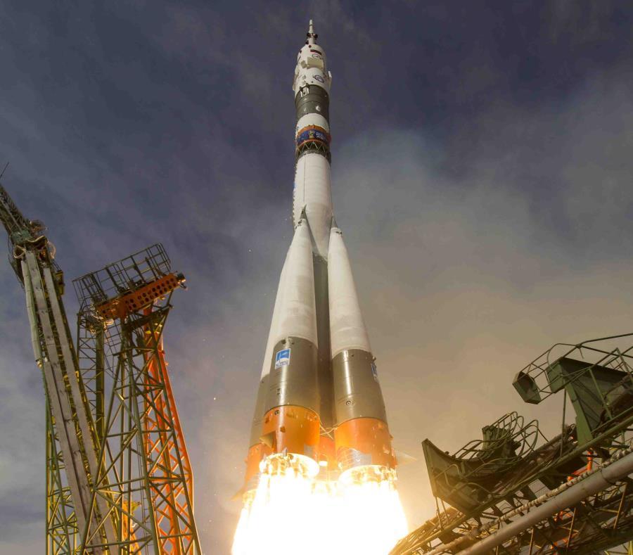Momento en que la nava Soyuz fue lanzada al espacio. (AP) (semisquare-x3)