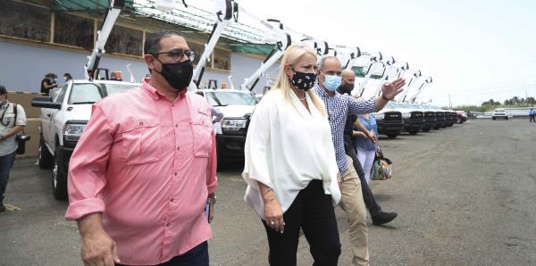"""La gobernadora se opone a que los médicos le cobren una """"tarifa de COVID"""" a sus pacientes"""