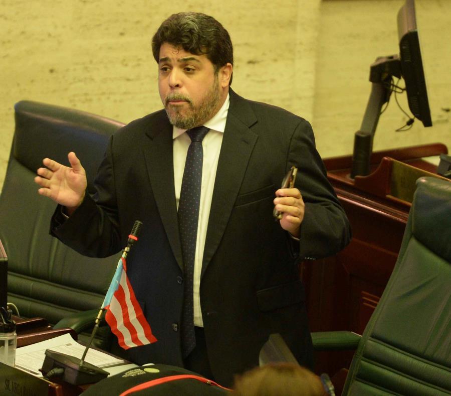 Ante los números, Luis Vega Ramos opinó que existe un margen para que Carmen Yulín Cruz Soto tenga una comunicación más proactiva sobre las obras que, en efecto, se han estado llevando a cabo en su administración municipal. (semisquare-x3)