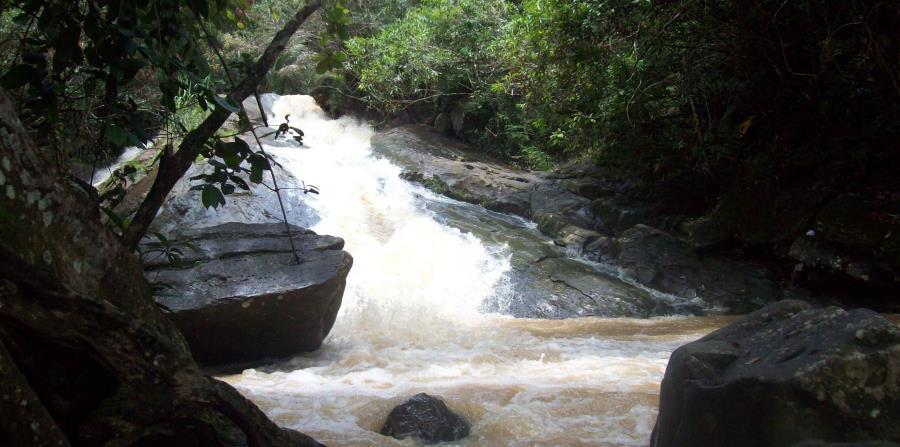 La cascada Las Paylas en Luquillo. (horizontal-x3)