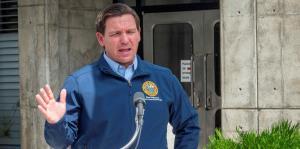 Gobernador de Florida dice que bloquear el estado puede ser contraproducente