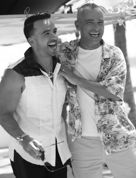 Fonsi y Ramazzotti durante la grabación del vídeo oficial de la canción. (Suministrada) (vertical-x1)