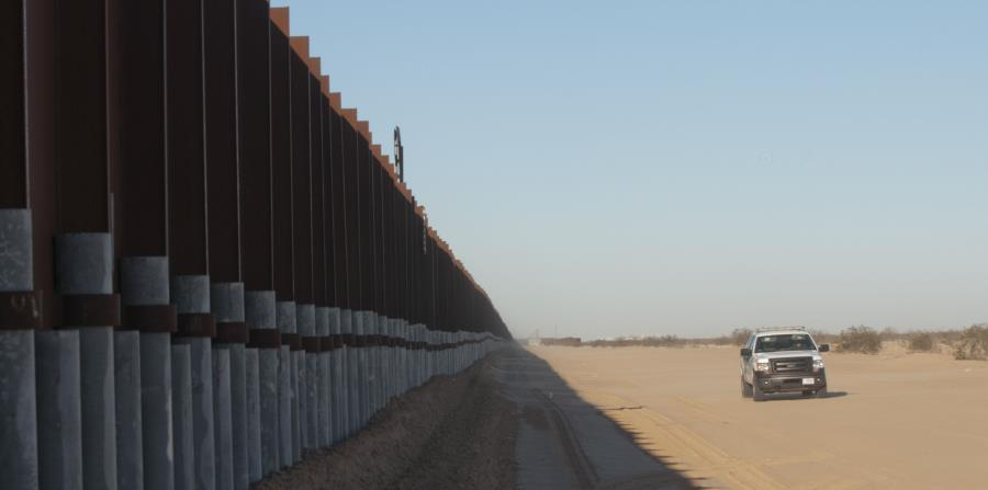 Republicanos retiran del presupuesto partida para el muro de Trump (horizontal-x3)