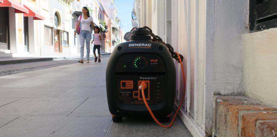 Justo después del huracán María,  una encuesta informal del Centro Unido de Detallistas  reflejaba que unos 5,000 pequeños negocios no operaban por falta de electricidad. (horizontal-x3)